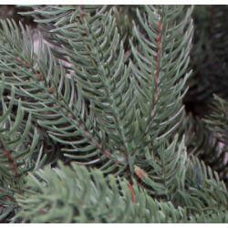 Künstlicher Weihnachtsbaum Spritzguss Beispiel