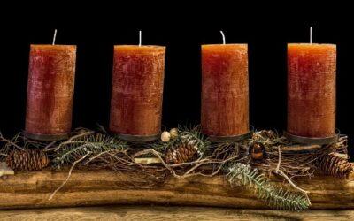 Adventskranz aus Holz