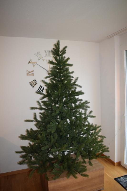 naturgetreuer künstlicher Weihnachtsbaum Alnwick Nordmanntanne